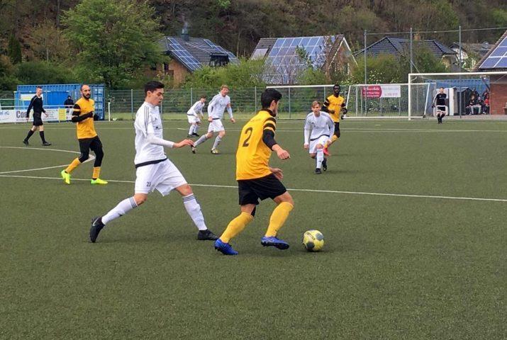 7 Punkte für Hahner Fußball-Senioren